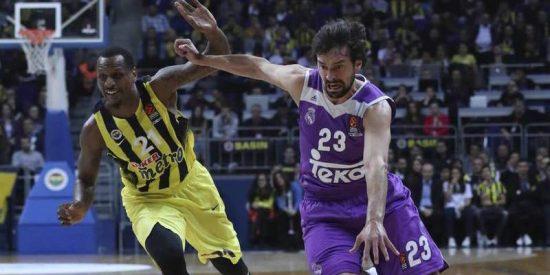 El Real Madrid se queda en dos segundos a un palmo del triunfo ante el Fenerbahçe (78-77)