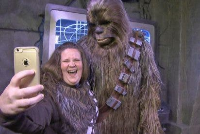 "Cómo cambió la vida a Candace Payne: ""Mamá Chewbacca"" tras su video viral"