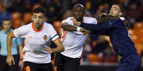 El Valencia no levanta cabeza, el Sporting respira y el Athletic supera al Eibar