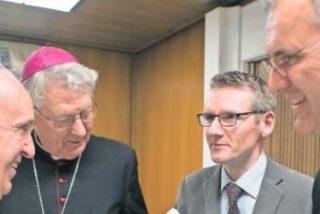 """Francisco: """"Todo lo que está en 'Amoris Laetitia' fue aprobado por más de dos tercios de los padres sinodales"""""""