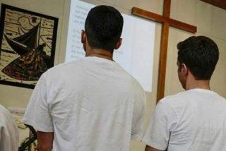 Refugiados musulmanes se convierten al cristianismo para acelerar sus peticiones de asilo en Europa