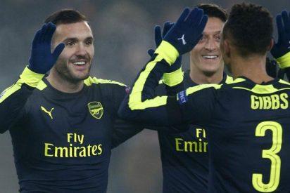 Nápoles y Benfica acceden a octavos y el Arsenal arrebata el liderato al PSG