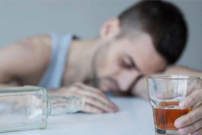 ¡CUIDADO!: Extraños líquidos que llegan desde Rusia como si fueran alcohol, causan miles de muertes al año