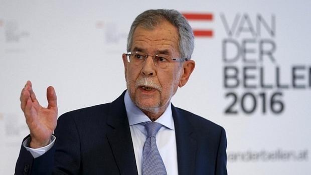 El ecologista Van der Bellen gana las elecciones presidenciales de Austria