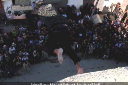El ISIS le pilla teniendo relaciones homosexuales y lo mata a pedradas