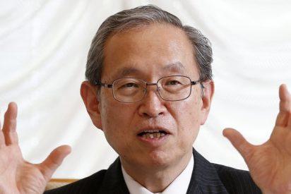 Satoshi Tsunakawa: Toshiba vuelve a hundirse en la Bolsa de Tokio y pierde más del 40% de su valor