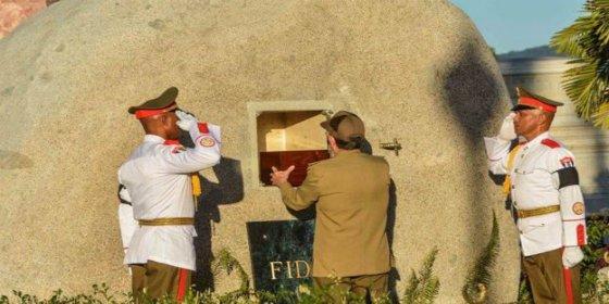 El secretismo del entierro de Fidel Castro en una Cuba hecha cenizas