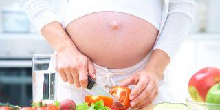 ¿Qué debes comer si estás embarazada?