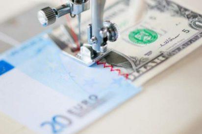 El euro cae a mínimos de 13 años frente al dólar y se aproxima a la paridad