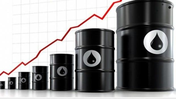 El barril de petróleo sube más de un 6% tras el acuerdo para reducir la producción