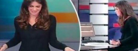 La entrepierna de una bella presentadora italiana en un inesperado 'abierto'