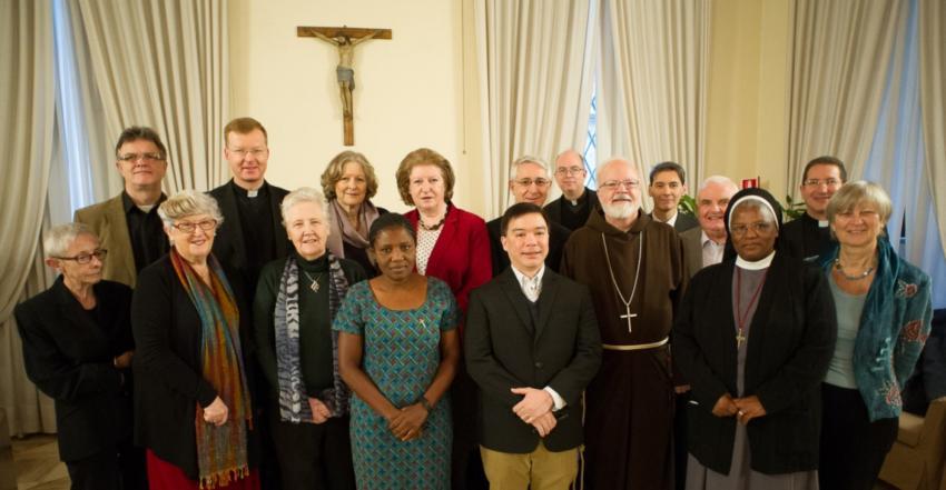 La comisión antipederastia del Vaticano abre su página web
