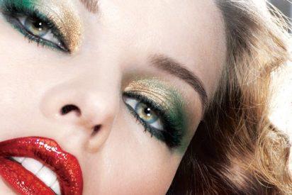 Deslumbra esta Navidad con tu maquillaje brillante