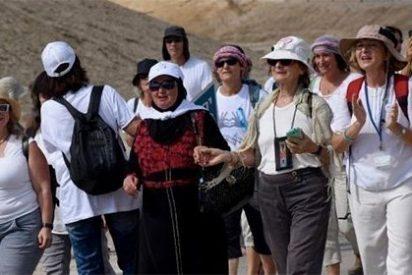 El vídeo del año 2016: Las mujeres conmocionan al mundo caminando por la Paz entre Palestina e Israel