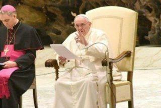 """El Papa invita a """"mirar el belén, que, en su sencillez, transmite esperanza"""""""