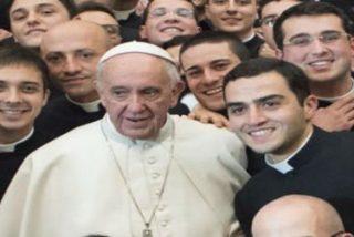 """El Papa advierte a los seminaristas que """"el narcisismo es la tentación más peligrosa"""""""