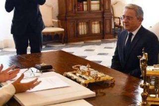 El Papa recibe a Santos y Uribe en el Vaticano