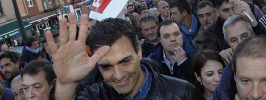 Pedro Sánchez juega al despiste con el PSOE y el sanchismo intenta que no tire la toalla