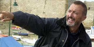 "Arturo Pérez-Reverte: ""Esperaré a Podemos atrincherado con la escopeta de postas loberas"""