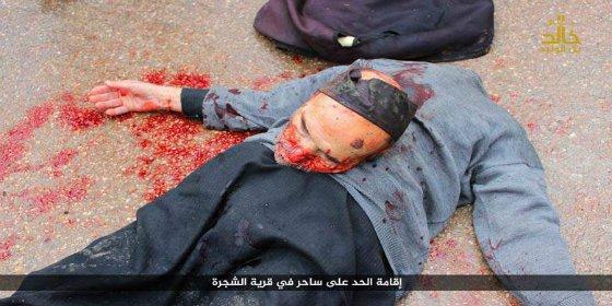 El verdugo pelirrojo del ISIS a quien no le gusta que los brujos tengan cabeza