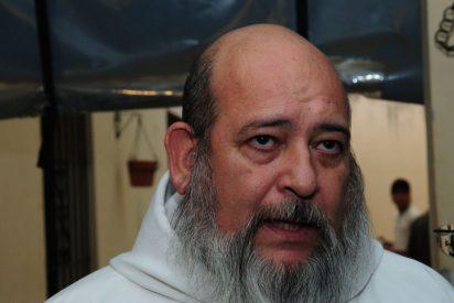 Detienen al sacerdote Rosa por supuestos abusos