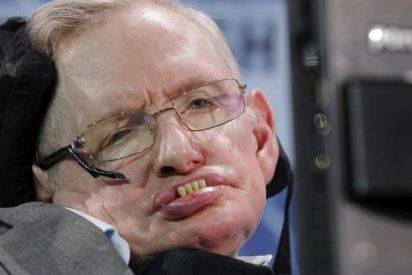 Hawking recibe el alta médica tras su ingreso de urgencia en Roma