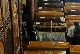 Funeral de Estado en El Cairo, para mitigar el dolor y la rabia de los coptos