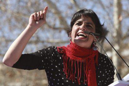 Teresa Rodríguez denuncia a un empresario por 'acorralamiento' e 'intento de beso'