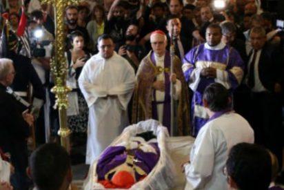 """Francisco: """"Arns fue un pastor intrépido, un auténtico testigo del Evangelio en medio de su pueblo"""""""