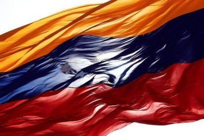 El Vaticano y la Unasur logran desbloquear in extremis el diálogo entre Gobierno y oposición en Venezuela