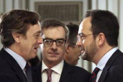 Los melindres de Albert Rivera han facilitado que PP y el PSOE aislen a Ciudadanos