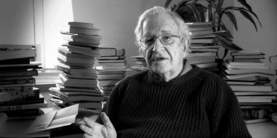 ¿Es el fin de la humanidad? La reveladora confesión de Noam Chomsky