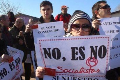 Pánico entre los barones del PSOE a la venganza que traman los militantes
