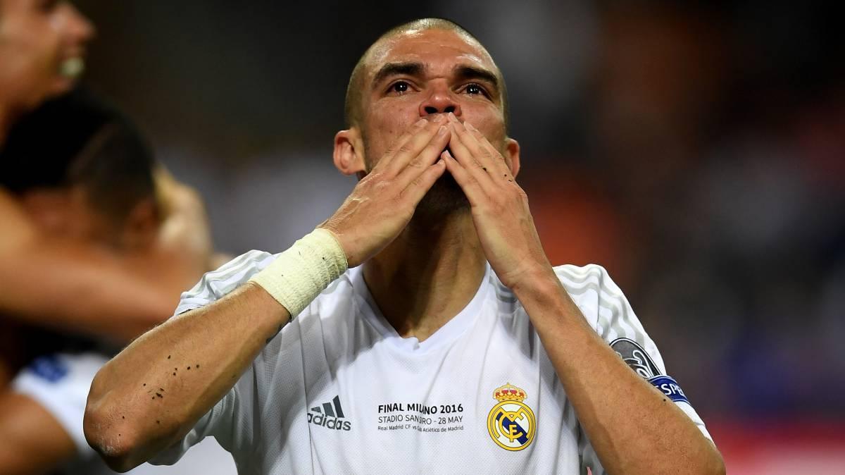 'A Bola': Pepe renovará con el Real Madrid hasta junio de 2018