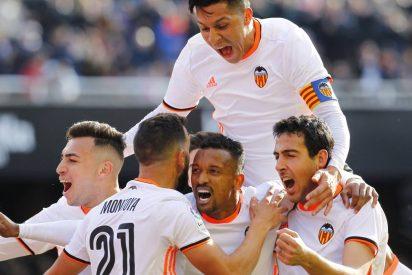 El Valencia vence al Espanyol y se reconcilia con Mestalla