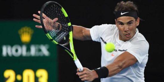 Rafa Nadal corre a pelotazos a Raonic y se mete en semifinales del Abierto de Australia
