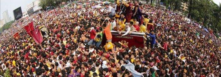 Más de un millón de filipinos inunda Manila en la procesión del Nazareno Negro