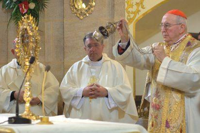 """El cardenal Vallini anima a """"regresar a lo esencial"""" en el inicio del Año Jubilar"""