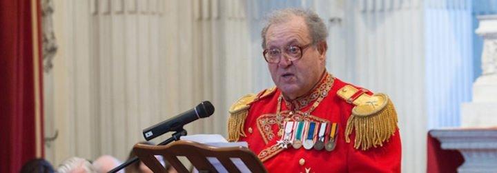 Dimite el gran maestro de la Orden de Malta, Matthew Festing, tras la petición del Papa