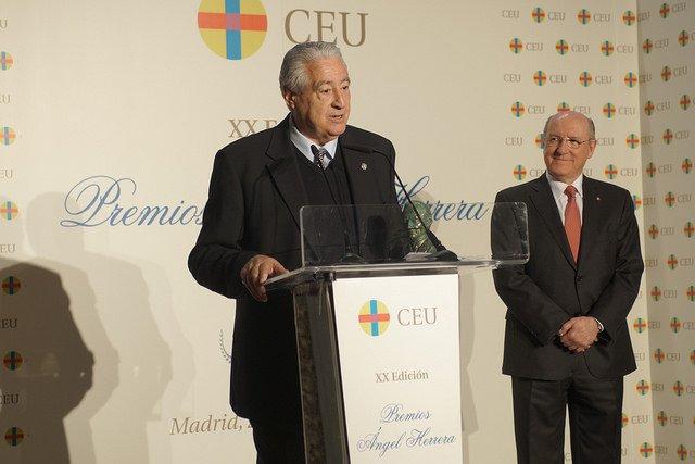 """Cáritas Española, Premio Ángel Herrera """"Ética y Valores"""""""