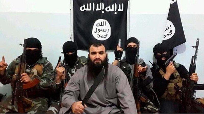La Guardia Civil encuentra en Ceuta un zulo con un subfusil y otras armas de los dos yihadistas
