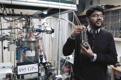"""Revolución en la ciencia: Crean el codiciado hidrógeno metálico o """"metal maravilla"""""""