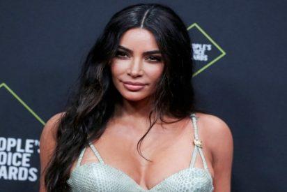 Kim Kardashian muestra que ahora es pelirroja y la tropa se enciende a fuego lento