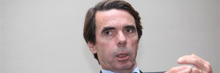 """José María Aznar: """"Impuestos altos, déficit y deuda son lo contrario del círculo virtuoso para la economía"""""""
