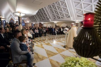 El Papa bautizó a 13 niños nacidos después del terremoto de Amatrice