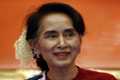 """Lo que está pasando en Birmania y nadie cuenta: """"Cientos de muertos, mujeres violadas y bebés lanzados a fogatas"""""""
