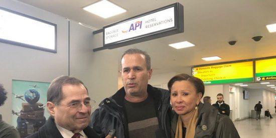 Trump ordena la detención de refugiados en aeropuertos de EEUU