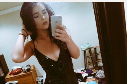 Este selfie descubre la habitación de la chica más desordenada del mundo