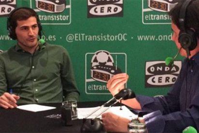 Casillas encaja con humor los 'zascas' de De la Morena pero a otros periodistas les reprende continuamente