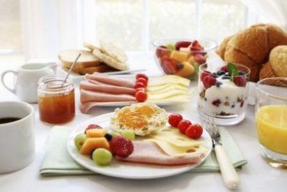 Los 4 alimentos que tomados en el desayuno te ayudarán a pasar el resto del día